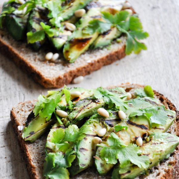 Gegrilde-Avocado-Sandwich-5