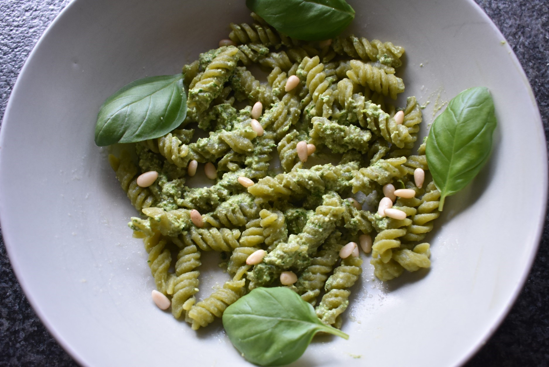Erwtenpasta met pesto (lunch)