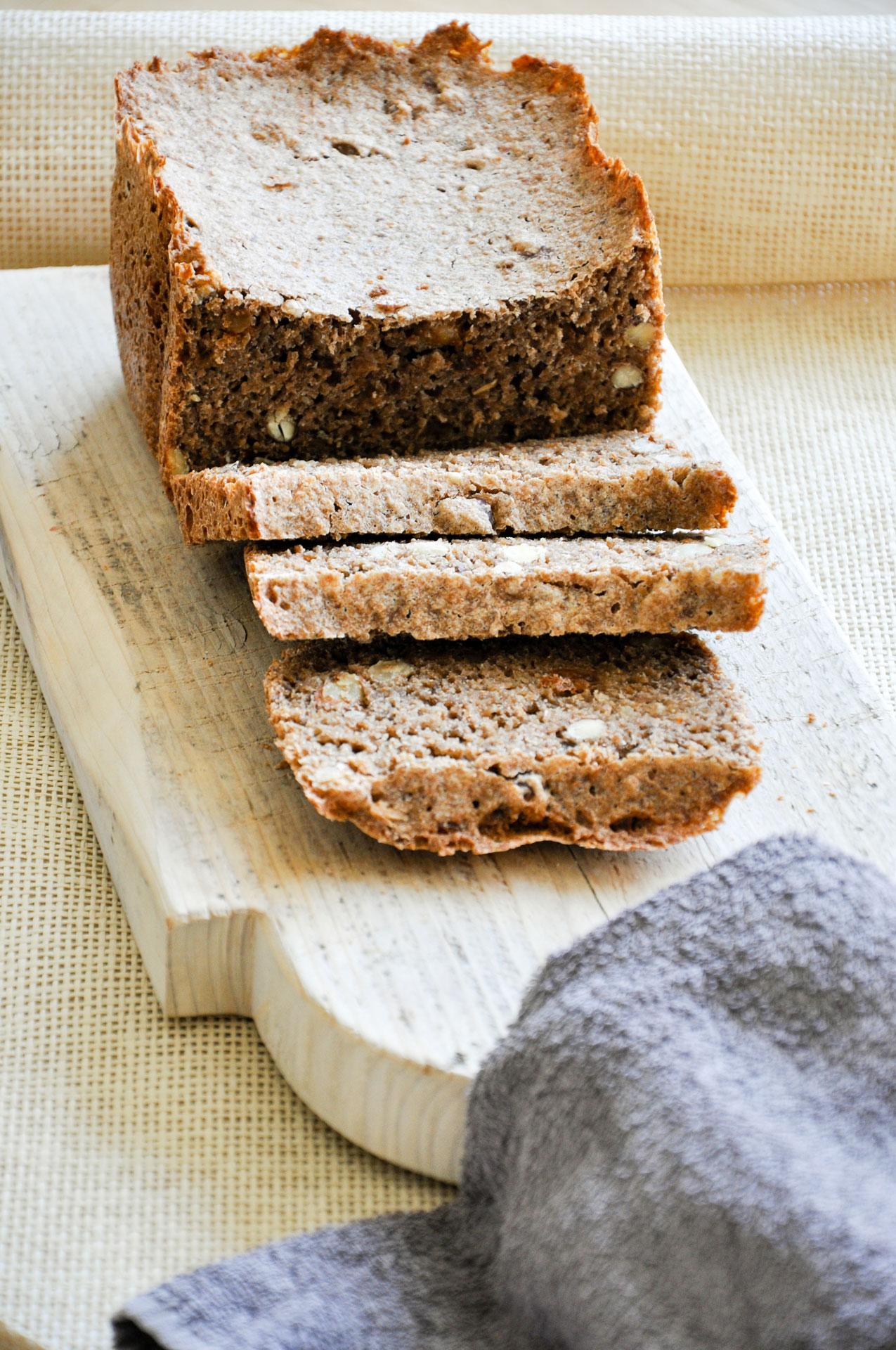 Volkoren-Noten-Rozijnen-Brood